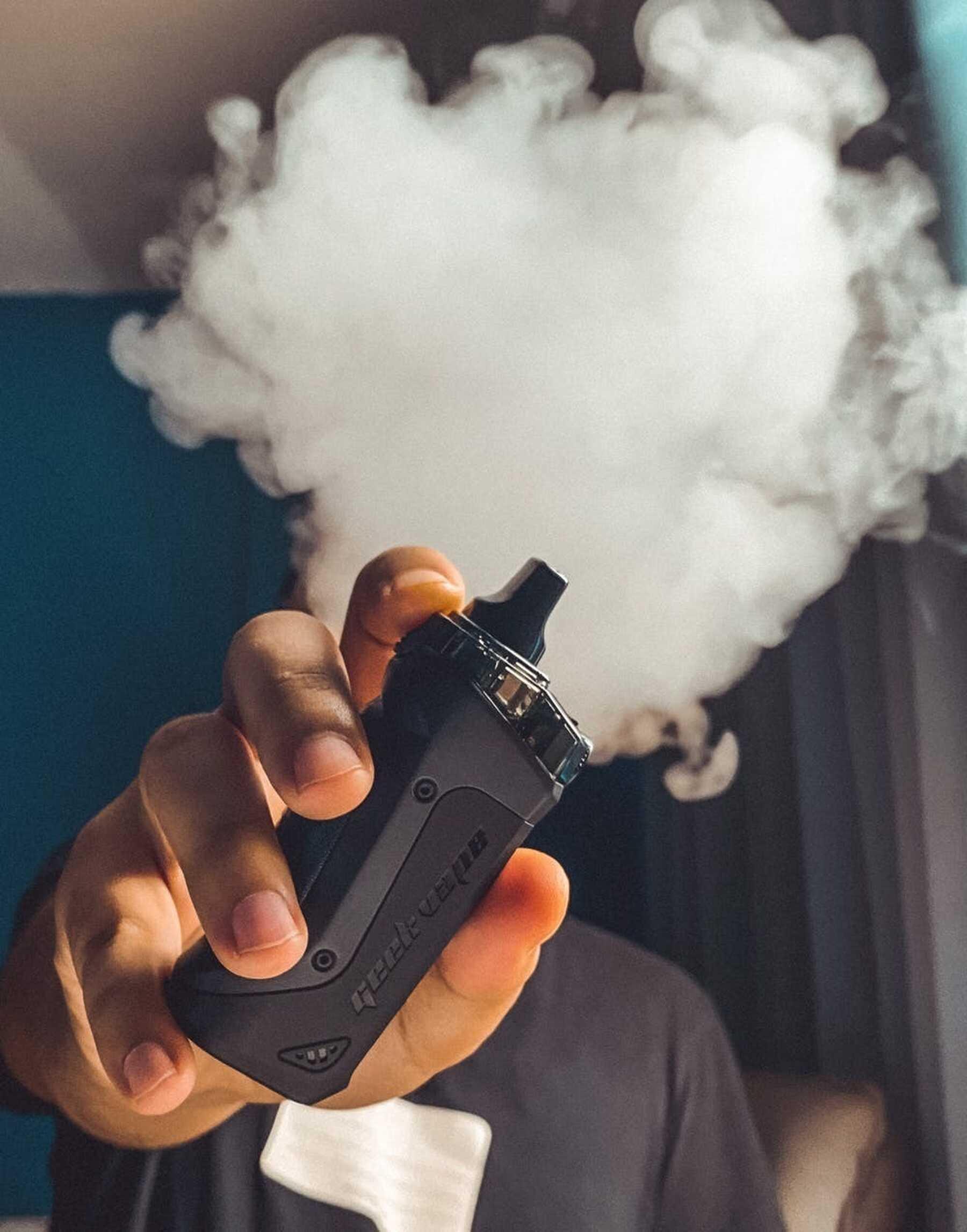 'Onze tabaksregels voor e-sigaretten moeten strenger en beter afdwingbaar worden'