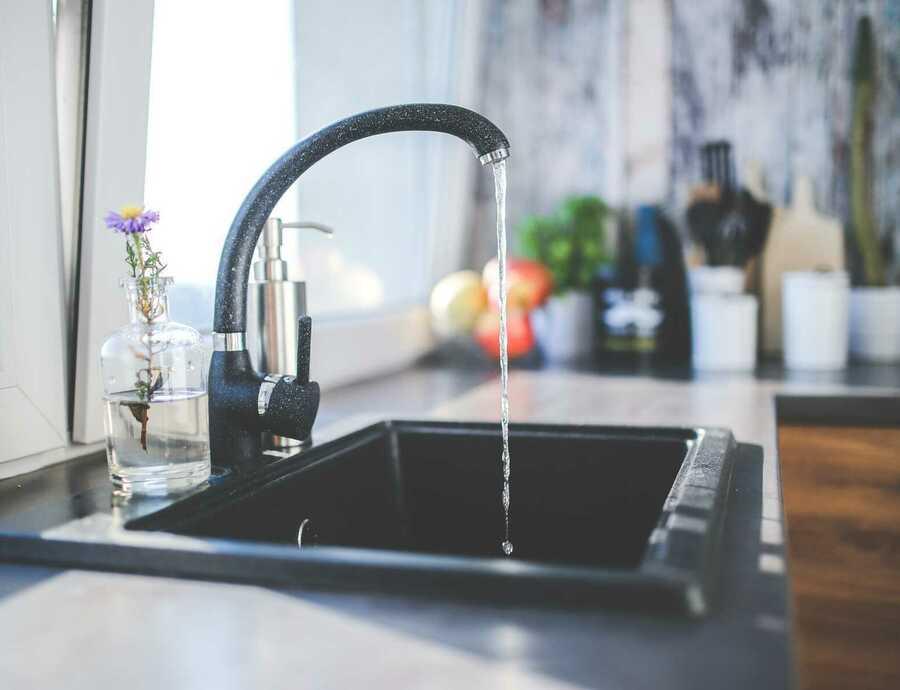 """Herziening Europese drinkwaterrichlijn: """"Gezond, betaalbaar en toegankelijk water voor alle Europeanen"""""""